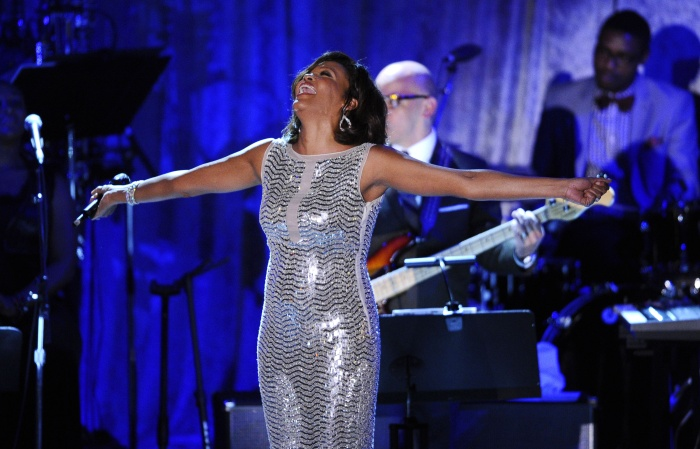 whitney-houston-tl-2011